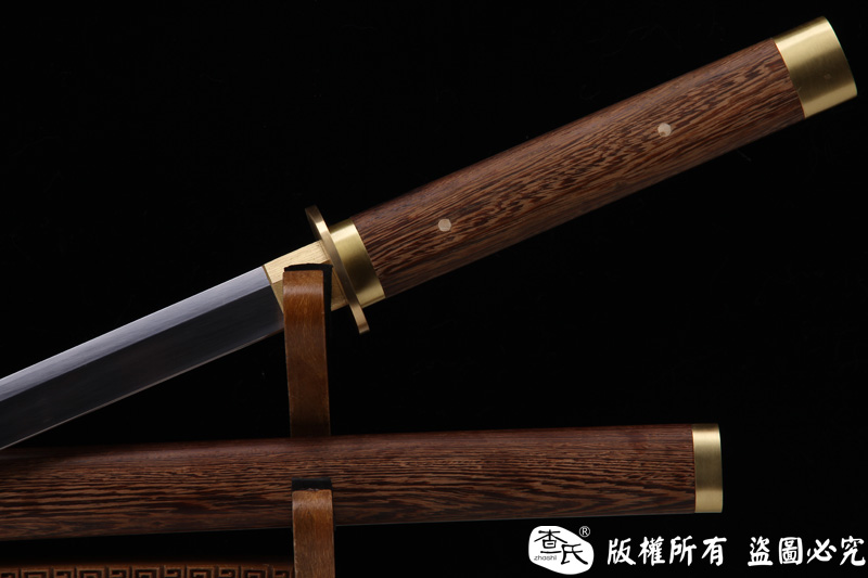 经典素装唐刀-可以砍铁