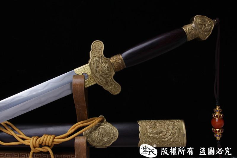 龙凤呈祥-经典手雕龙泉剑-紫檀鞘