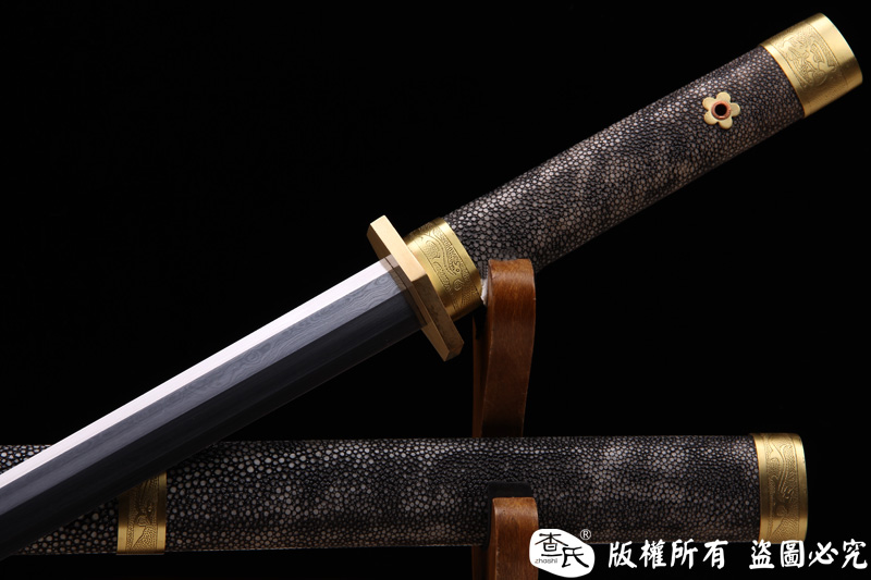 珍珠鱼皮八面汉剑-经典八面剑-性能优越