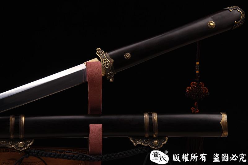 简装檀木唐刀-花纹钢烧刃