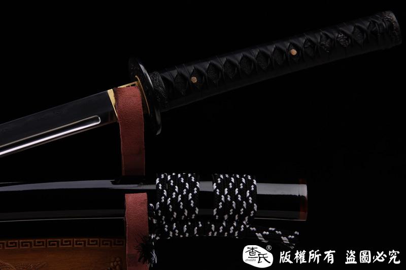 精品铁装武士刀